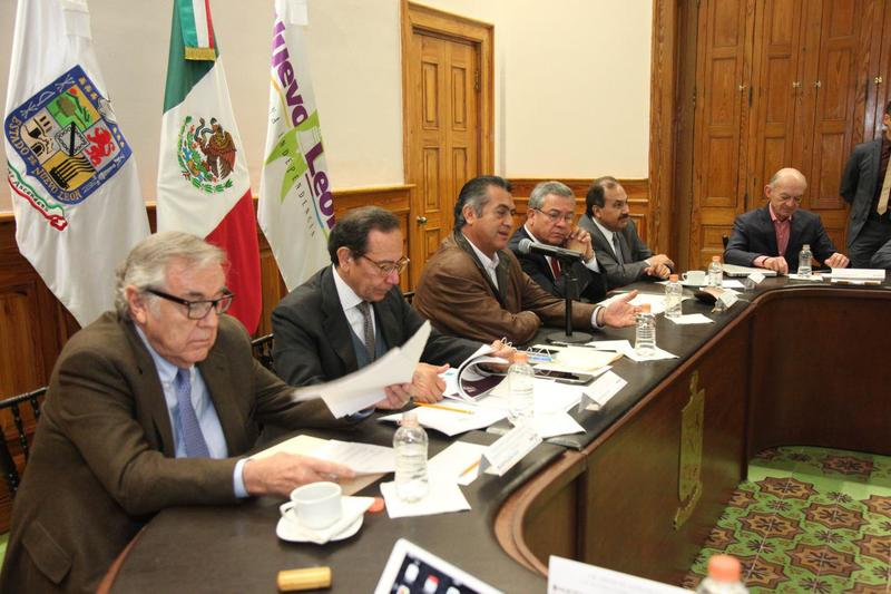 Eugenio Clariond, Carlos Salazar, Jaime Rodríguez, Ignacio Rubí, Francisco Mendoza y Fernando Elizondo